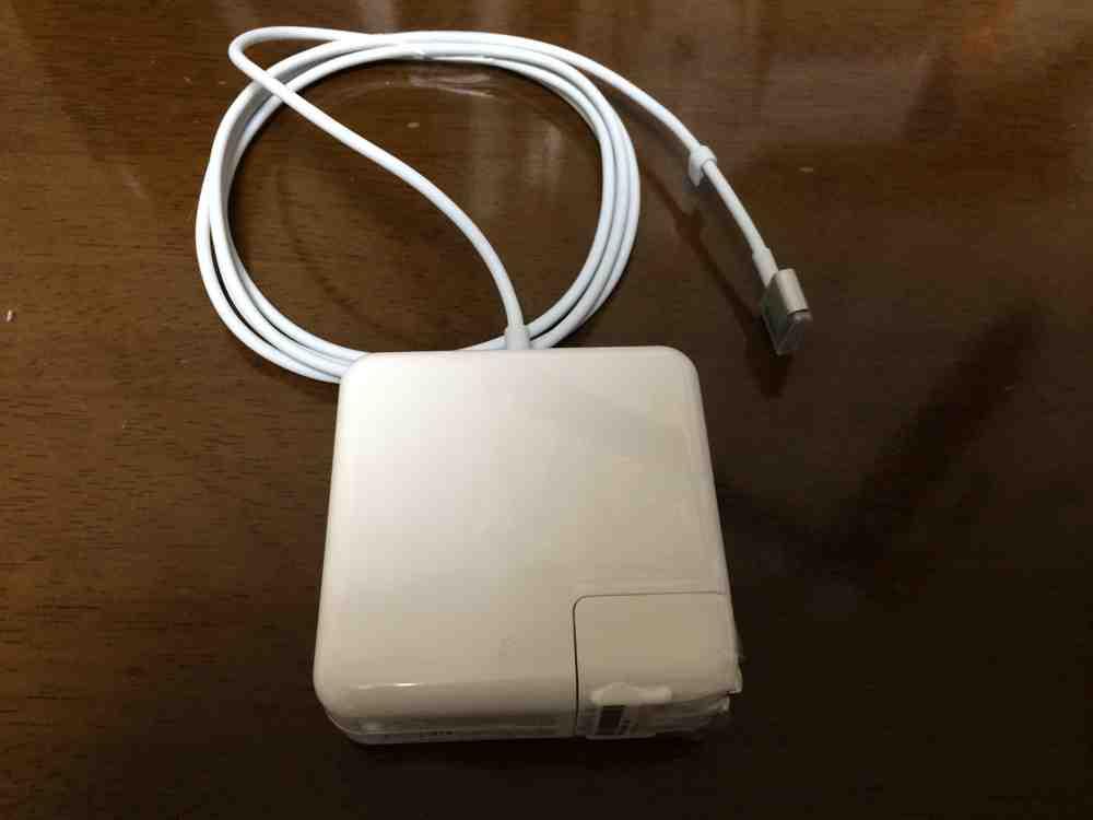 Mac非純正充電器